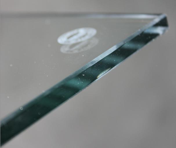 ESG Glasscheibe 10mm klar mit polierter Kante
